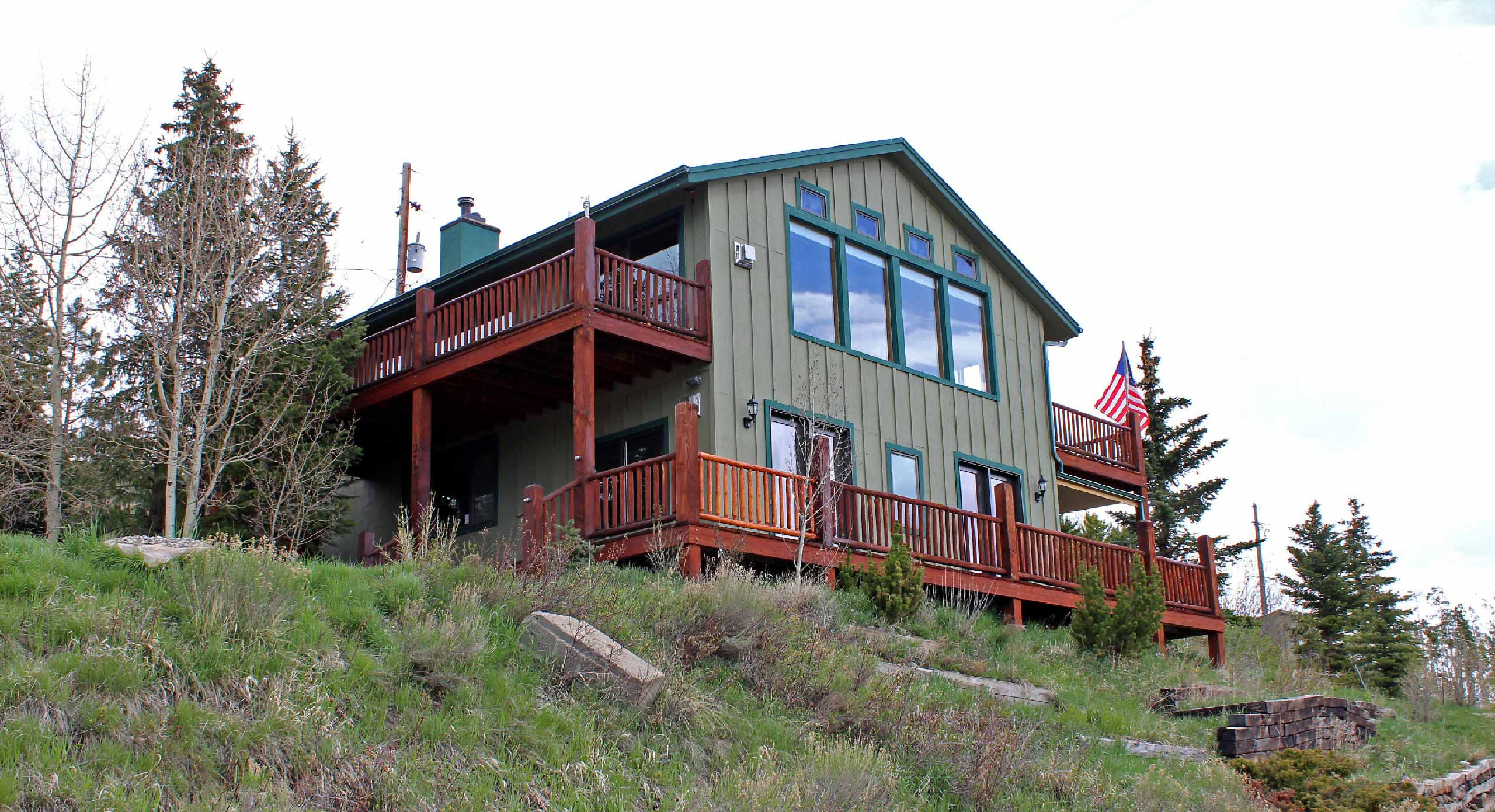 Henry E. Barr & The Barr Team - RE/MAX Properties of the Summit, Frisco, CO